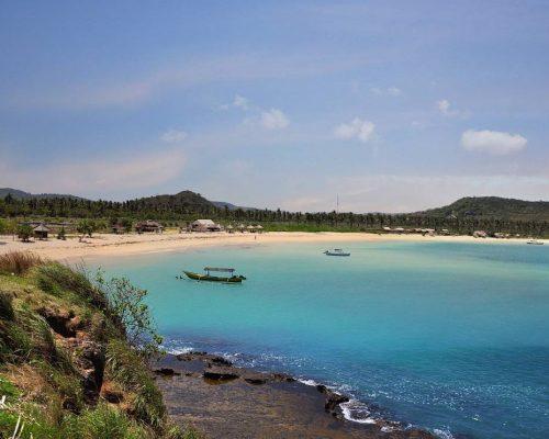 pantai-tanjung-aan-lombok2